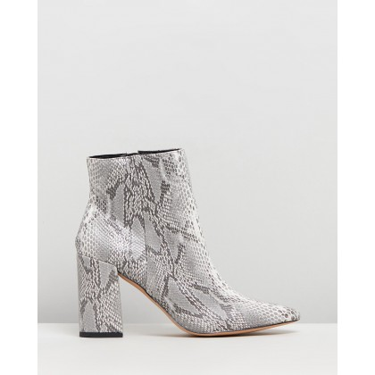 Irvine Ankle Boots Snakeskin by Dazie