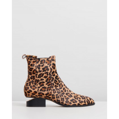 Isoly Boots Ocelot by Mollini