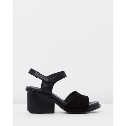 Ivy Black by Camper