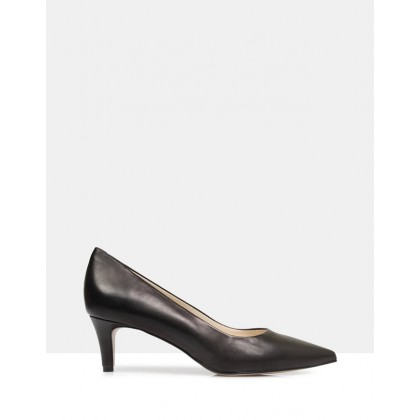 Ivy Leather Court Shoes BLACK by Sempre Di