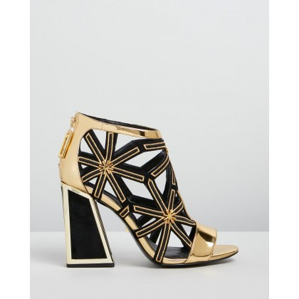 Jasmin Gold & Black by Kat Maconie
