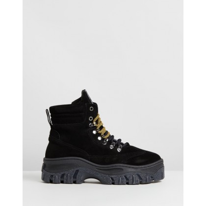 Jaxstar Leather Ankle Boots Black by Bronx