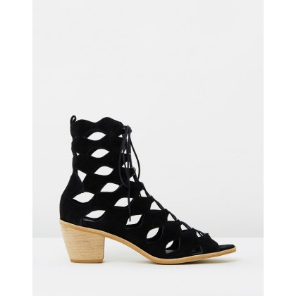 Jester Black Suede by Matisse