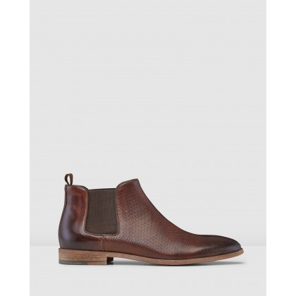 Jonas Chelsea Boots Tan by Aq By Aquila