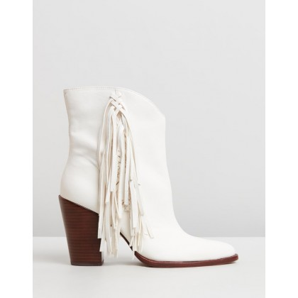 Kendel Off White Leather by Dolce Vita