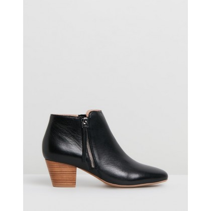 Kenji Ankle Boots Black Leather by Jo Mercer
