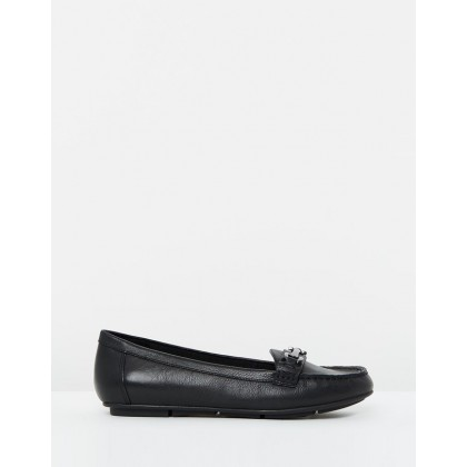 Kenya Loafers Black by Vionic