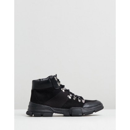 Kingsley Hiker Sneakers Black by Spurr
