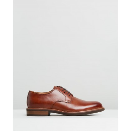 Klay Lace-Up Oxfords Cognac by Kenneth Cole