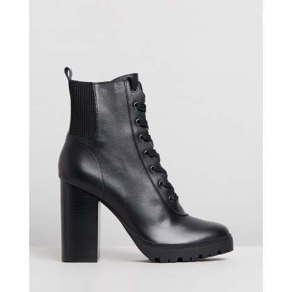 Latch Black Leather by Steve Madden
