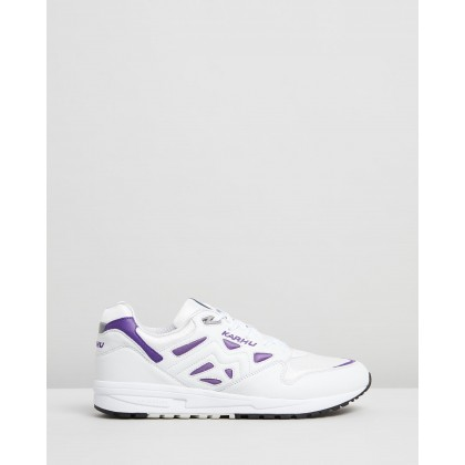 Legacy Bright White & Tillandsia Purple by Karhu