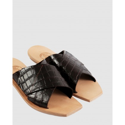 Lisette Flat Sandals Chocolate by Beau Coops