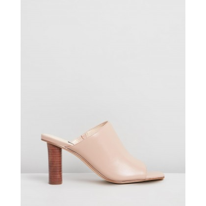 Liza Mules Light Natural Leather by Nine West