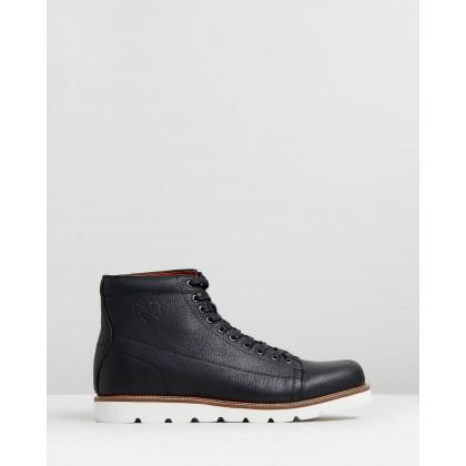 Logan Boots Black by R&A