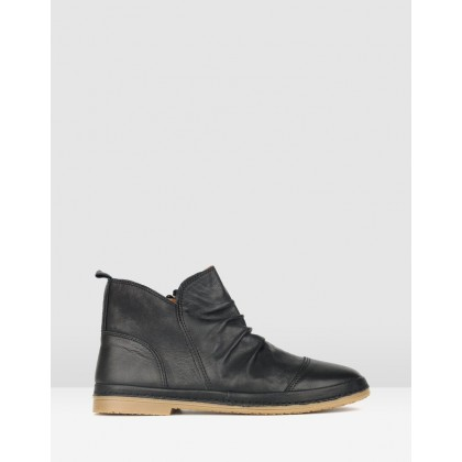 Logan Leather Ankle Boots Black by Airflex