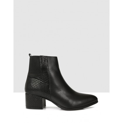 Loretta Ankle Boots Black by Sempre Di