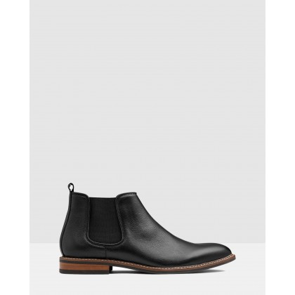 Lucca Chelsea Boots Black by Aq By Aquila