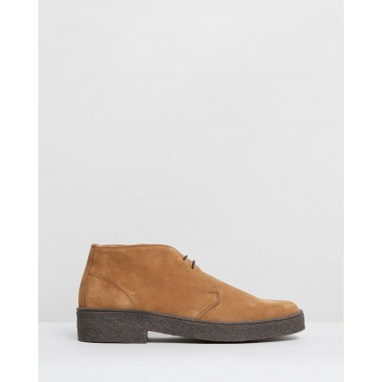 Luther Camel Suede by Sanders