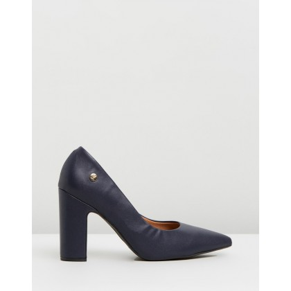 Mabel Pumps Navy by Vizzano