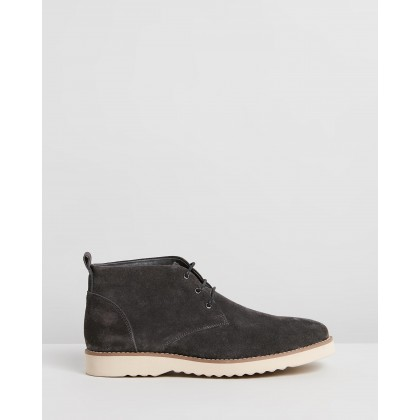 Maitland Suede Chukka Boots Charcoal by Double Oak Mills