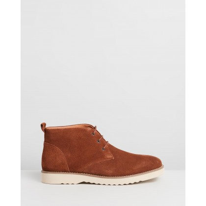 Maitland Suede Chukka Boots Rust by Double Oak Mills
