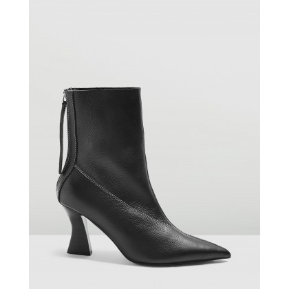 Mara Point Boots Black by Topshop