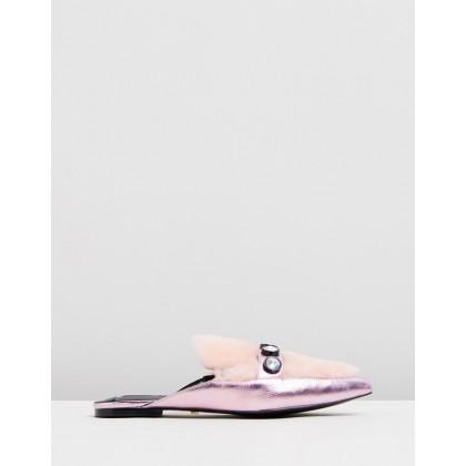 Maria Pink by Kat Maconie