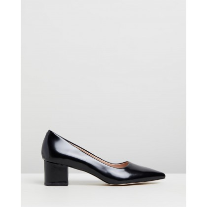 Marika Leather Pumps Black Box Leather by Atmos&Here