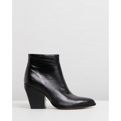 Maye Black Leather by Mollini