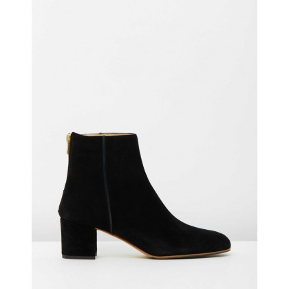 Mei Black Suede by Atp Atelier