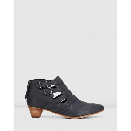 Mena Poppy Black Leather by Clarks