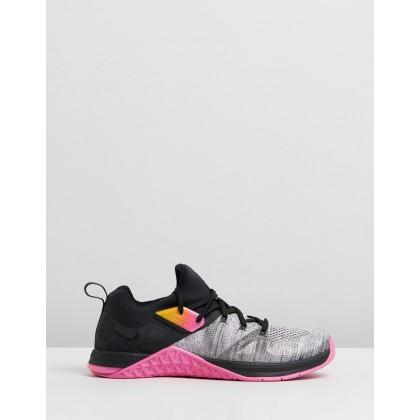 Metcon Flyknit 3 - Women's Black, Laser Fuchsia & White by Nike