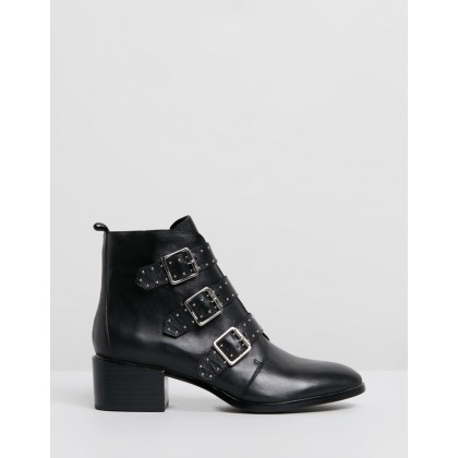 Metro Ankle Boots Black Leather by Jo Mercer