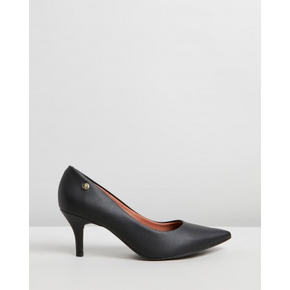 Mia Pumps Black by Vizzano