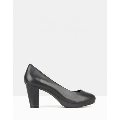 Miles Platform Pumps Black by Airflex