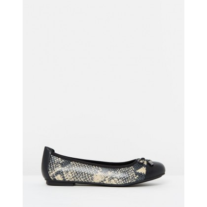 Minna Ballet Flats Natural Snake by Vionic