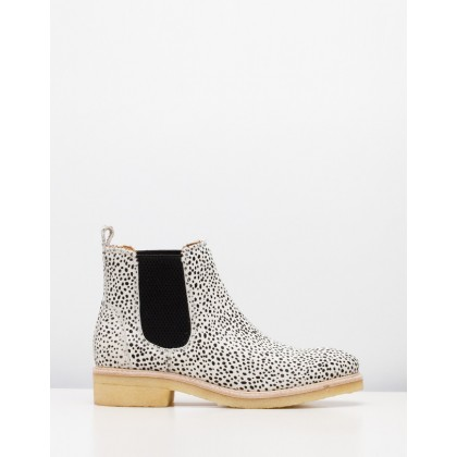 Mira Chelsea Boots Snow Leopard by Rollie