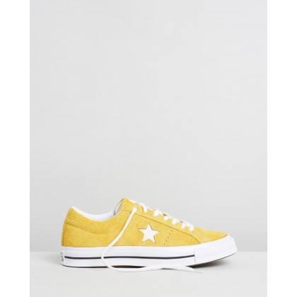 One Star Vintage Suede Low-Tops - Unisex Gold Dart, White & Black by Converse