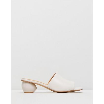 Orb Heels Cream by Jaggar The Label