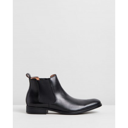 Pace Performance Chelsea Boots Black by Jeff Banks