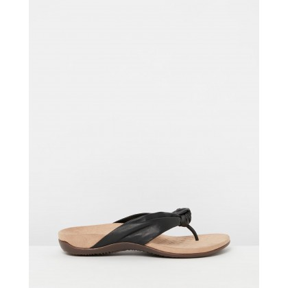 Pippa Toe Post Sandals Black by Vionic