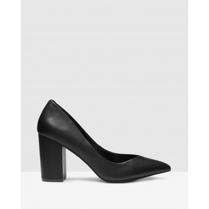 Portrait Black by Steve Madden