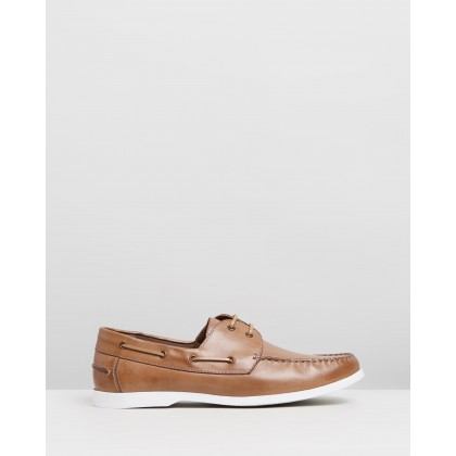 Puerto Leather Deck Shoes Tan by Staple Superior