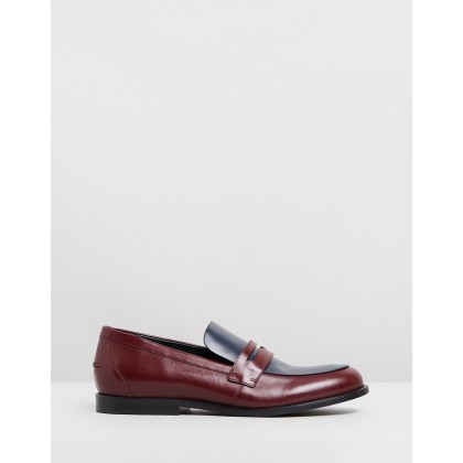 Round Toe Loafers Dark Red & Navy by Mulberry