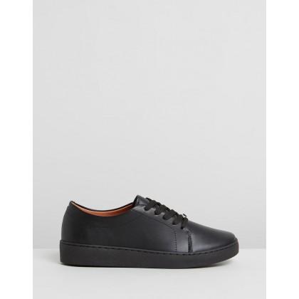 Sansa Sneakers Black by Vizzano