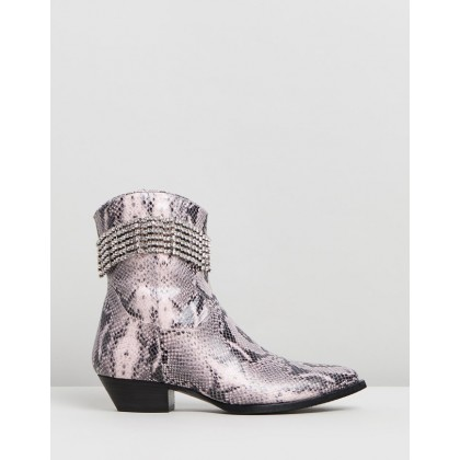 Snake-Effect Ankle Boots Pink Snake by Chiara Ferragni