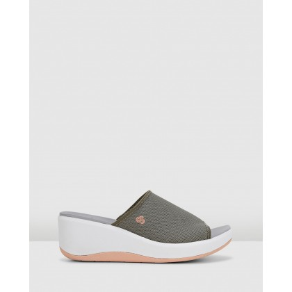 Step Cali Bay Dusty Olive by Clarks