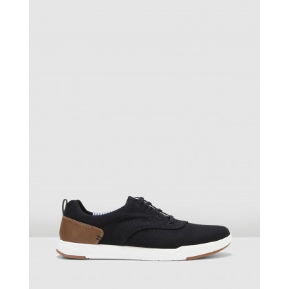 Step Isle Crew Black Canvas by Clarks