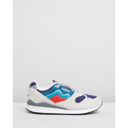 Synchron Glacier Grey & Lake Blue by Karhu