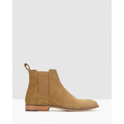 Taken Leather Chelsea Boots Tobacco by Zu